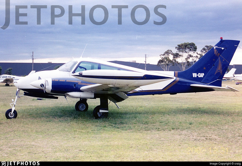 VH-CAP - Cessna 310J - Private
