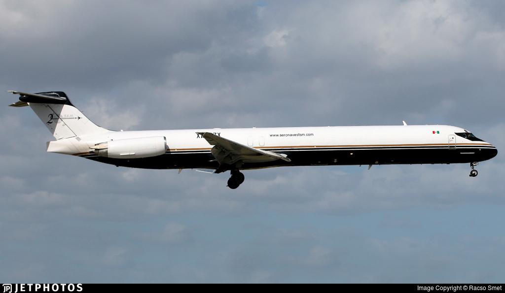 XA-UZX - McDonnell Douglas MD-83(SF) - Aeronaves TSM