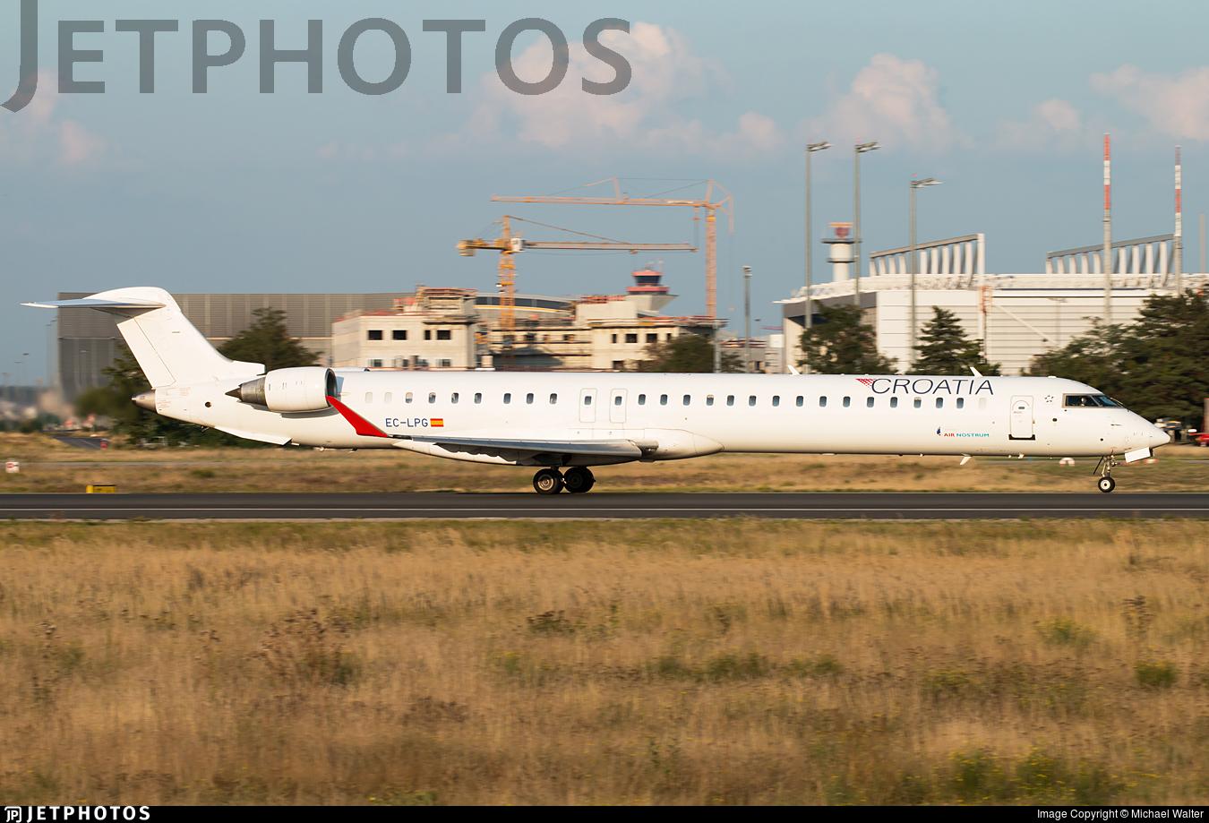EC-LPG - Bombardier CRJ-1000 - Croatia Airlines (Air Nostrum)