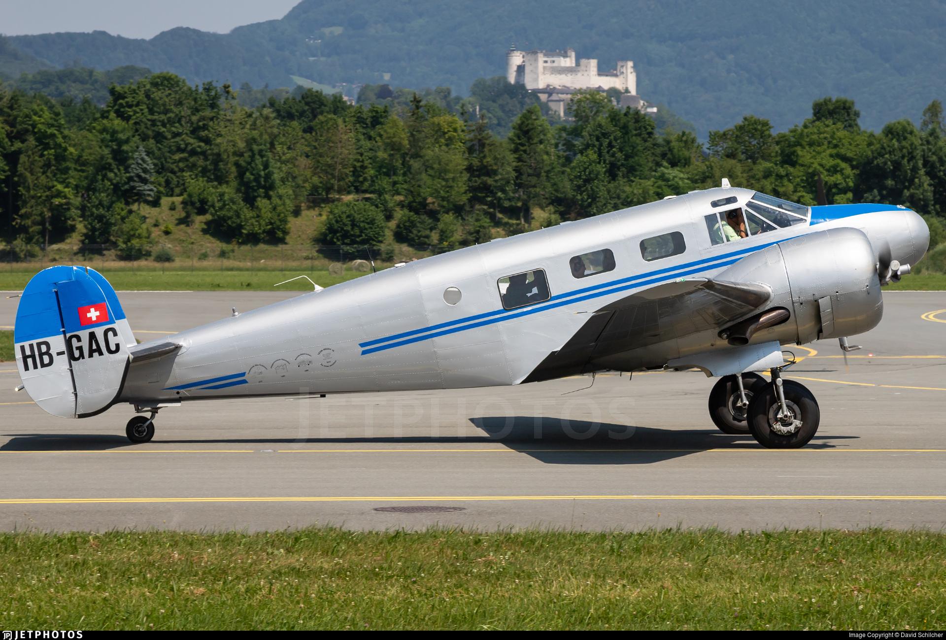 HB-GAC - Beech C18S - Private