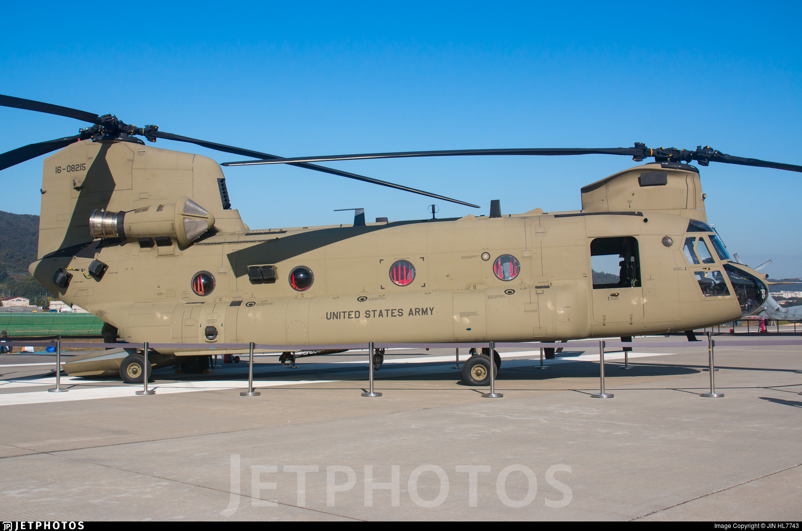 16-08215 - Boeing CH-47F Chinook - United States - US Army