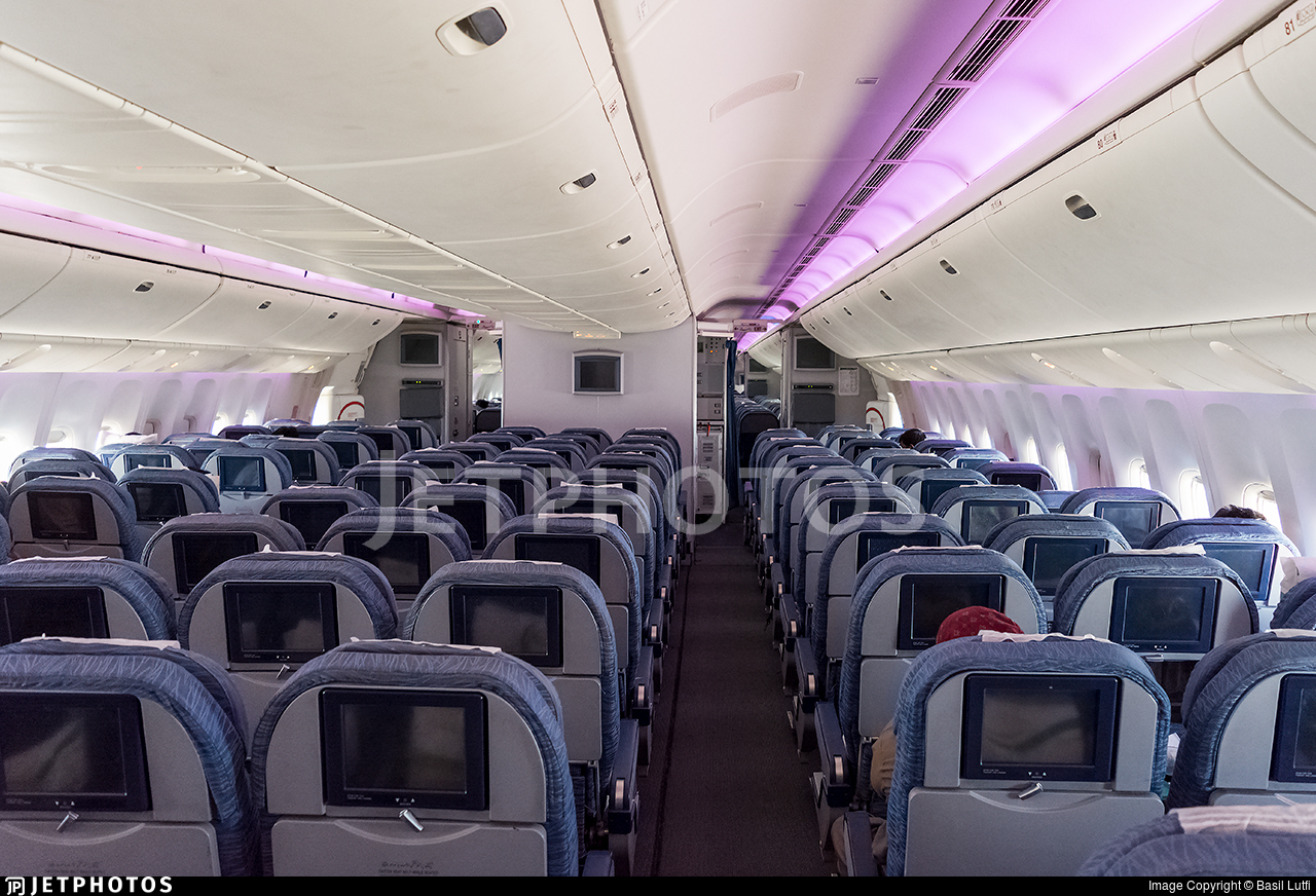 Ap Bhv Boeing 777 340er Stan