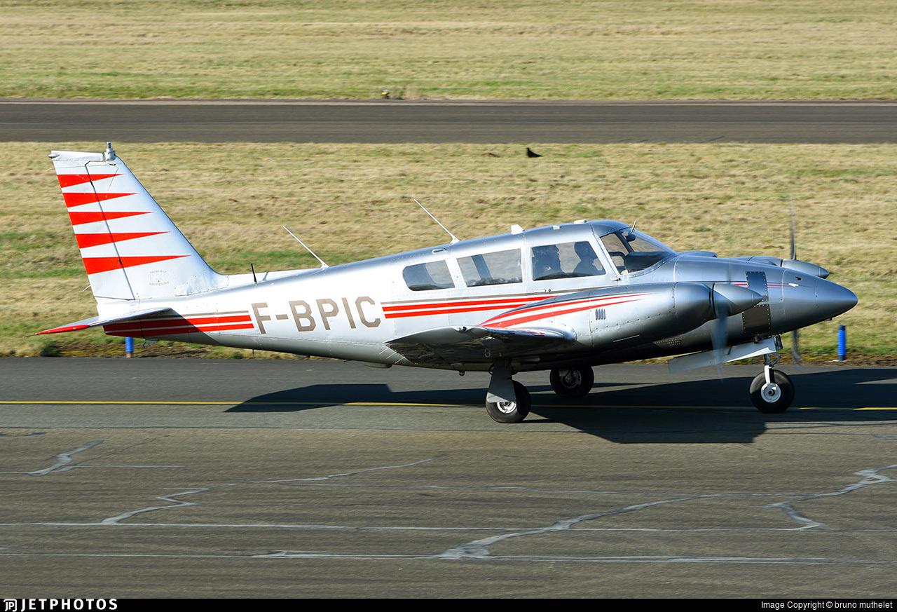 F-BPIC - Piper PA-30-160 Twin Comanche - Private