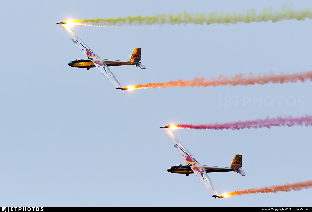 OE-0758 - Let L-13 Blanik - The Flying Bulls