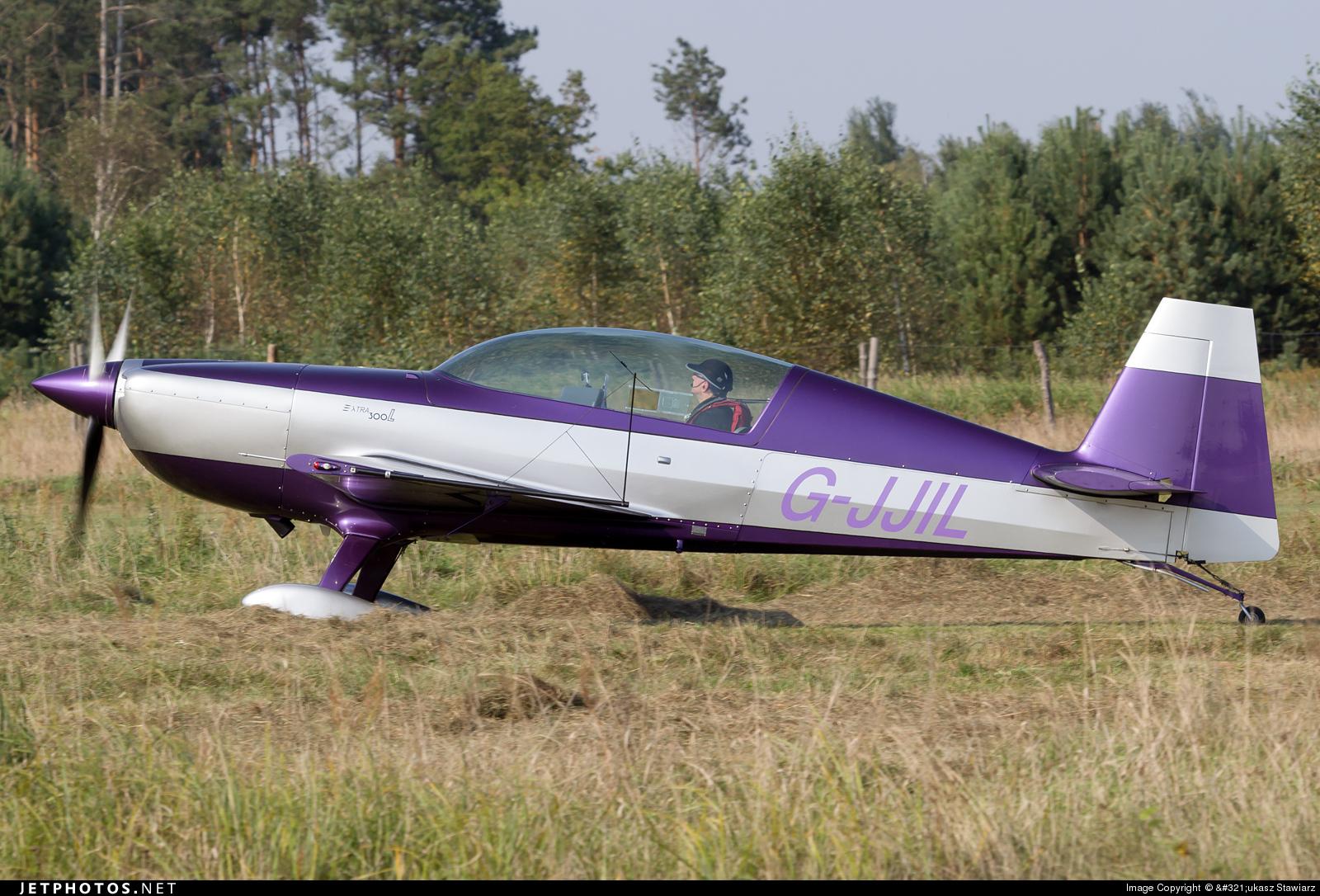 G-JJIL - Extra 300L - Private