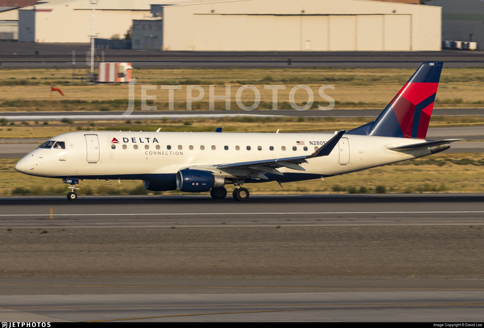 N280SY - Embraer 170-200LL - Delta Connection (SkyWest Airlines)