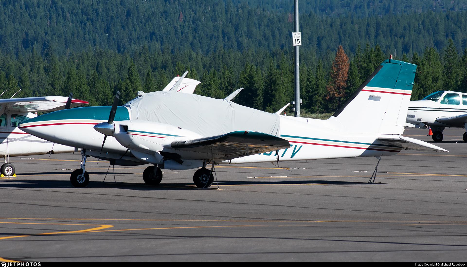 N131TV - Piper PA-23-250 Aztec - Private