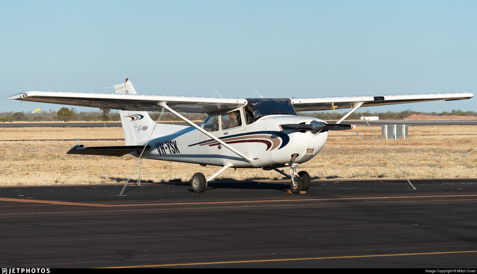 VH-YSK - Cessna 172S Millennium Skyhawk SP - Private
