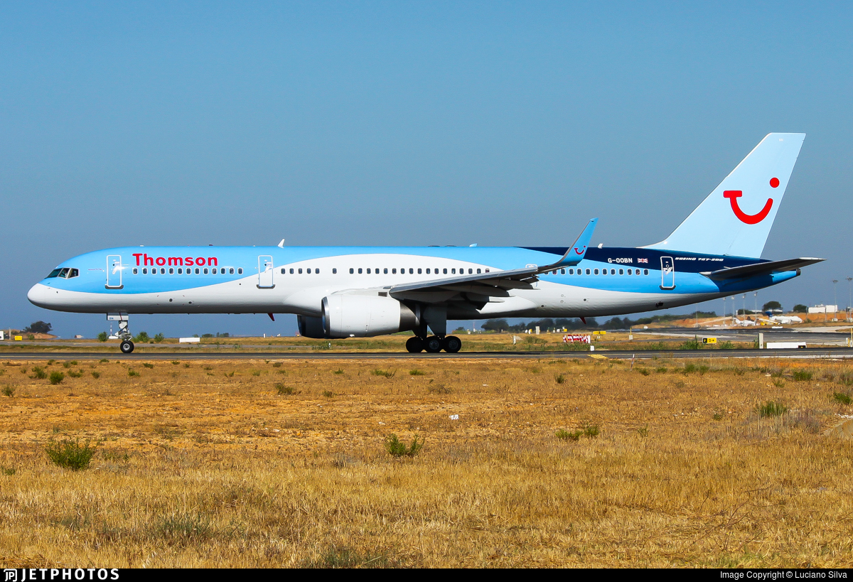 G-OOBN - Boeing 757-2G5 - Thomson Airways
