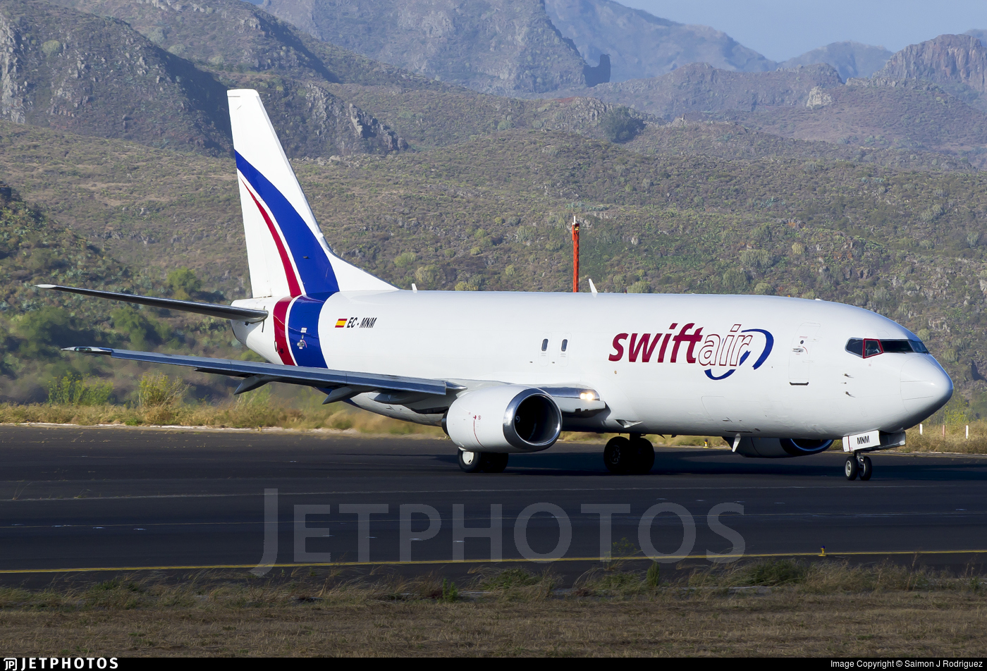 EC-MNM - Boeing 737-4Y0(SF) - Swiftair