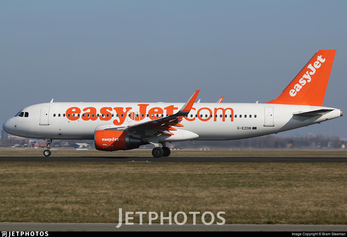 G-EZOB - Airbus A320-214 - easyJet