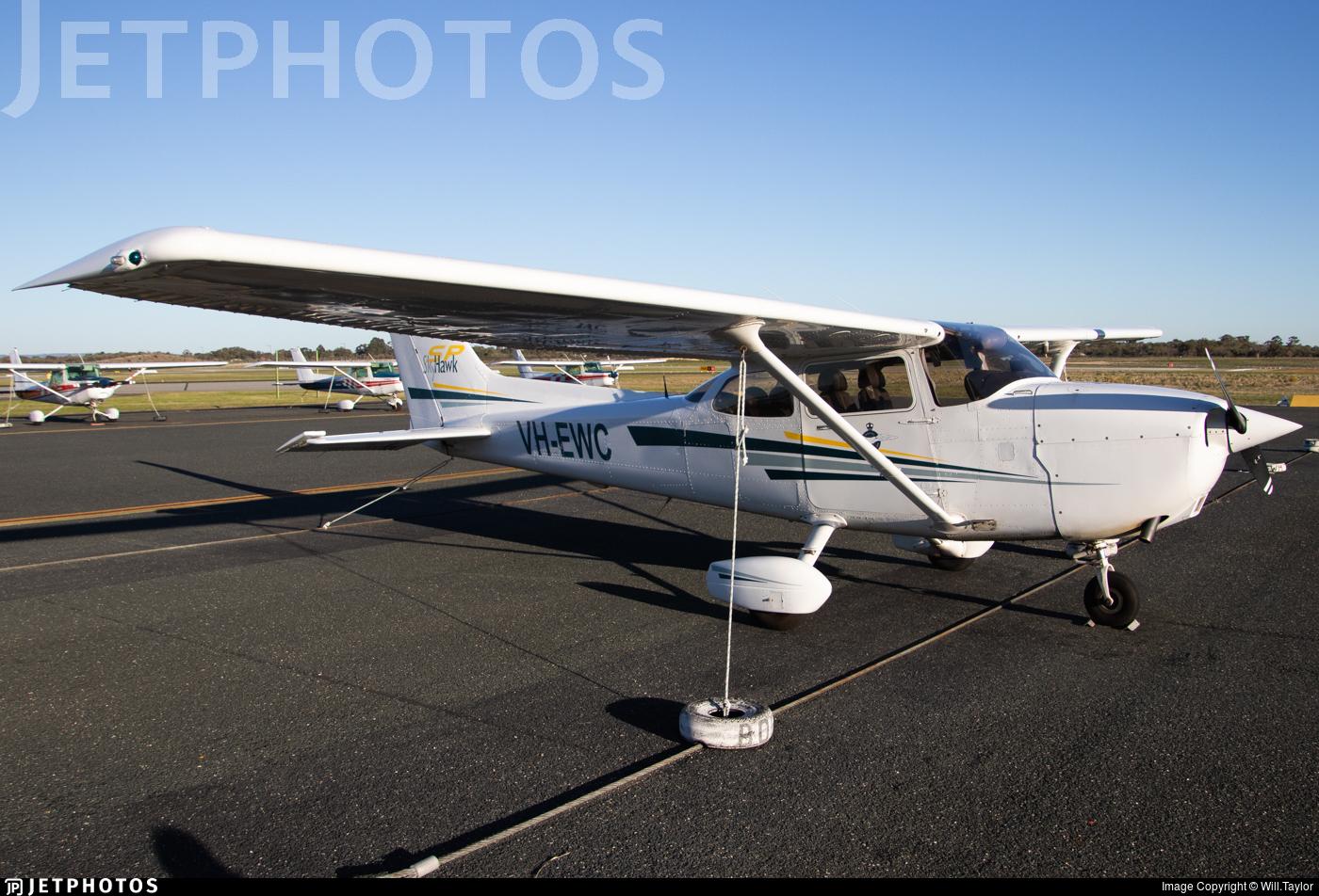 VH-EWC - Cessna 172S Skyhawk SP - Aero Club - Western Australia