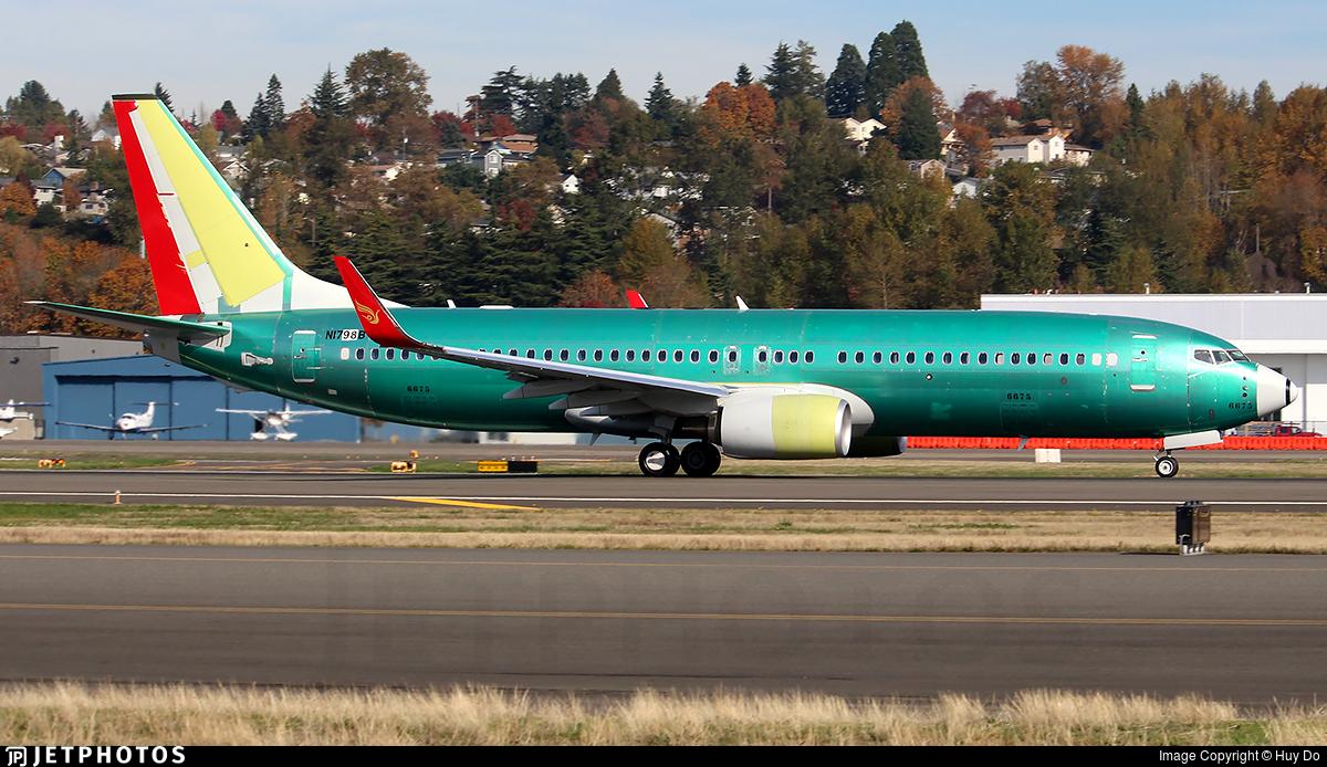 N1798B - Boeing 737-8LY - Kunming Airlines