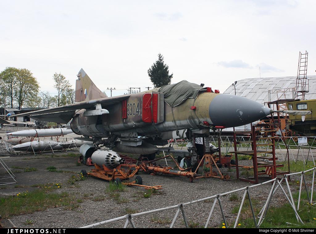 3304 - Mikoyan-Gurevich MiG-23BN Flogger H - Czech Republic - Air Force