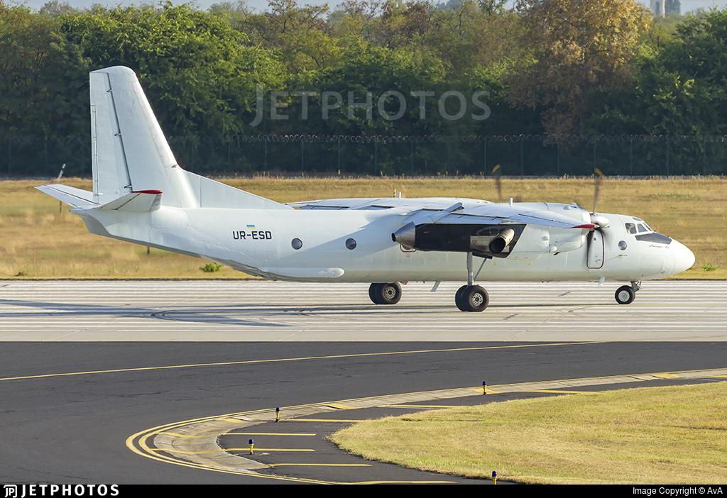 UR-ESD - Antonov An-26B - Air Urga