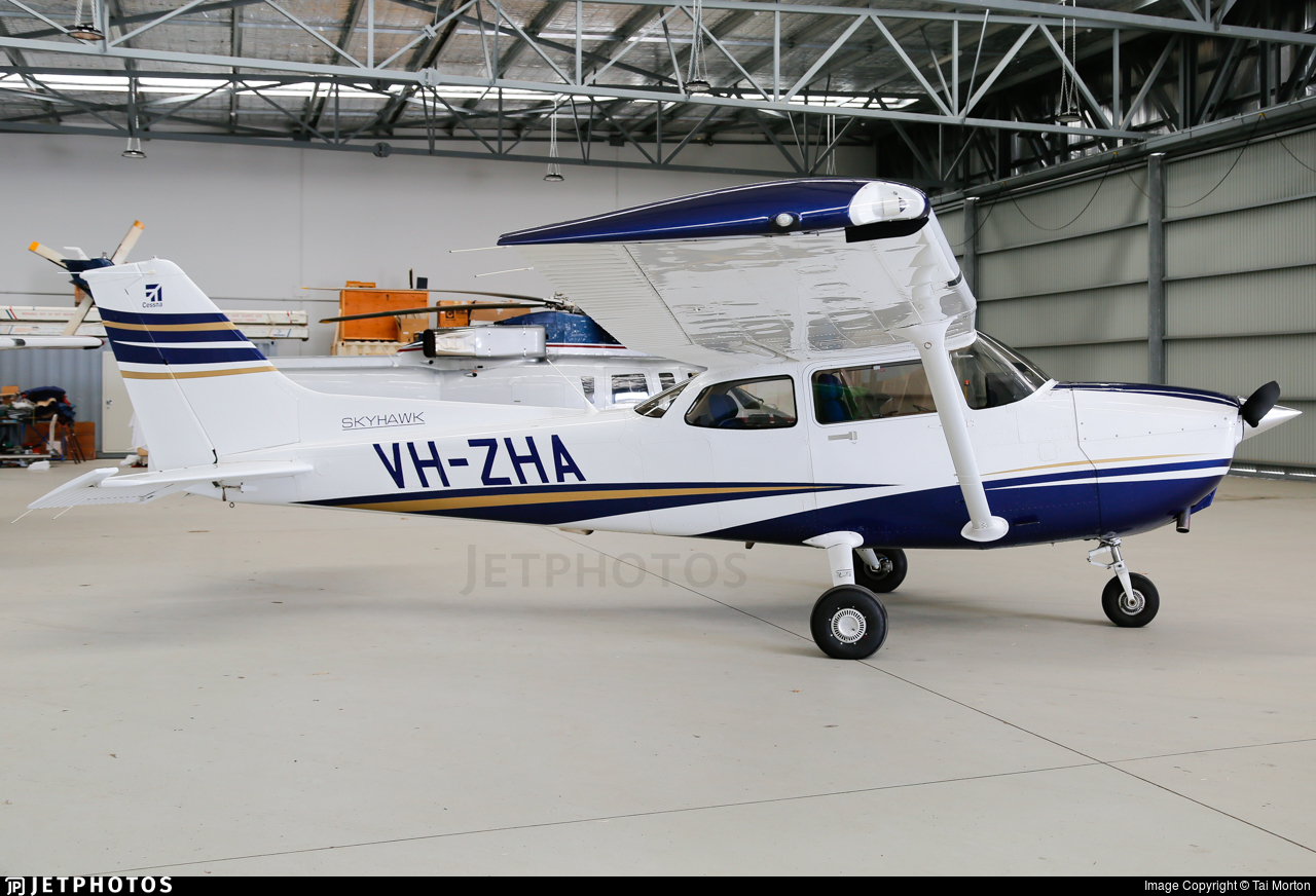 VH-ZHA - Cessna 172S Skyhawk SP - Major Blue Aviation