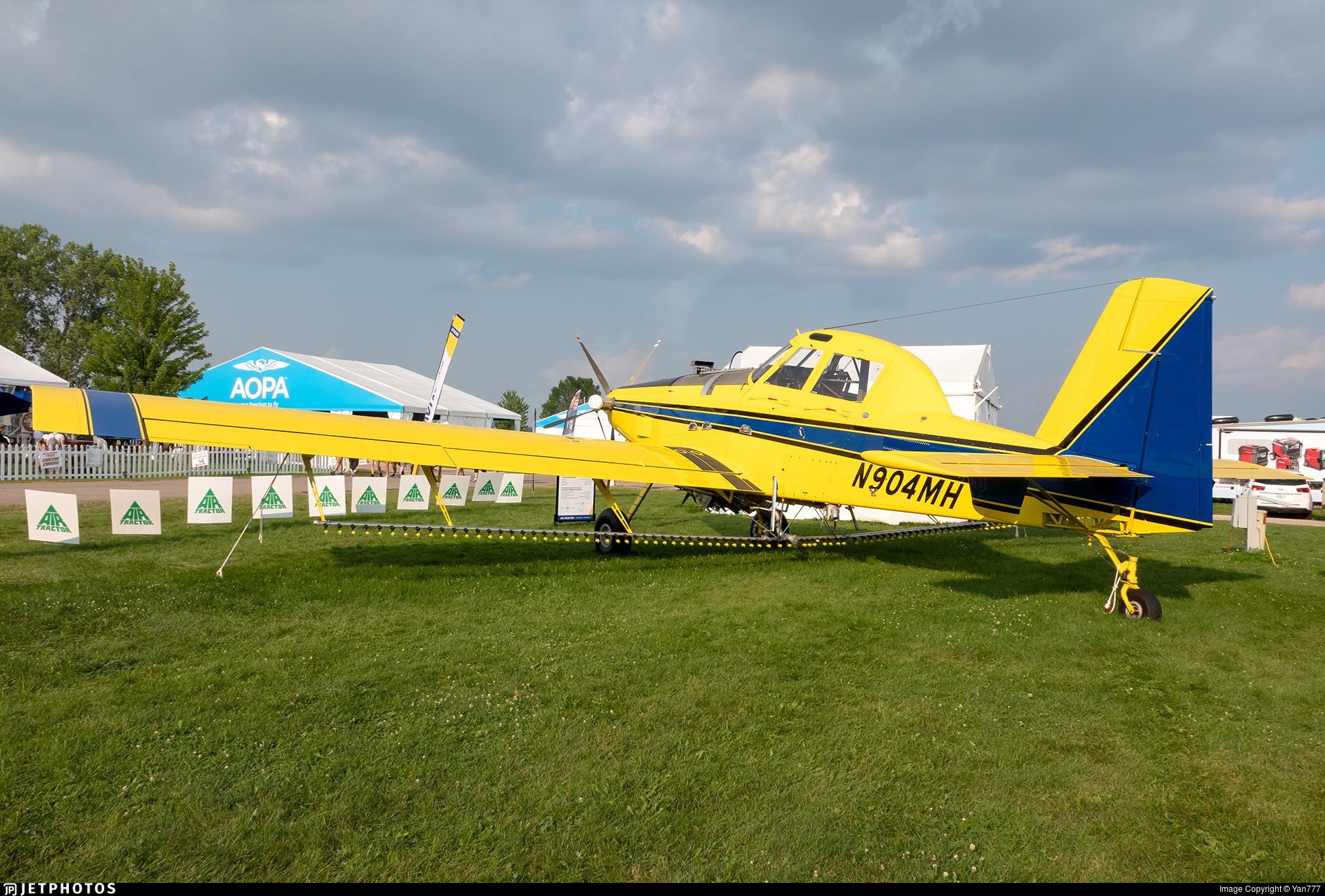 N904MH - Air Tractor AT-802F Fire Boss - Air Tractor Inc