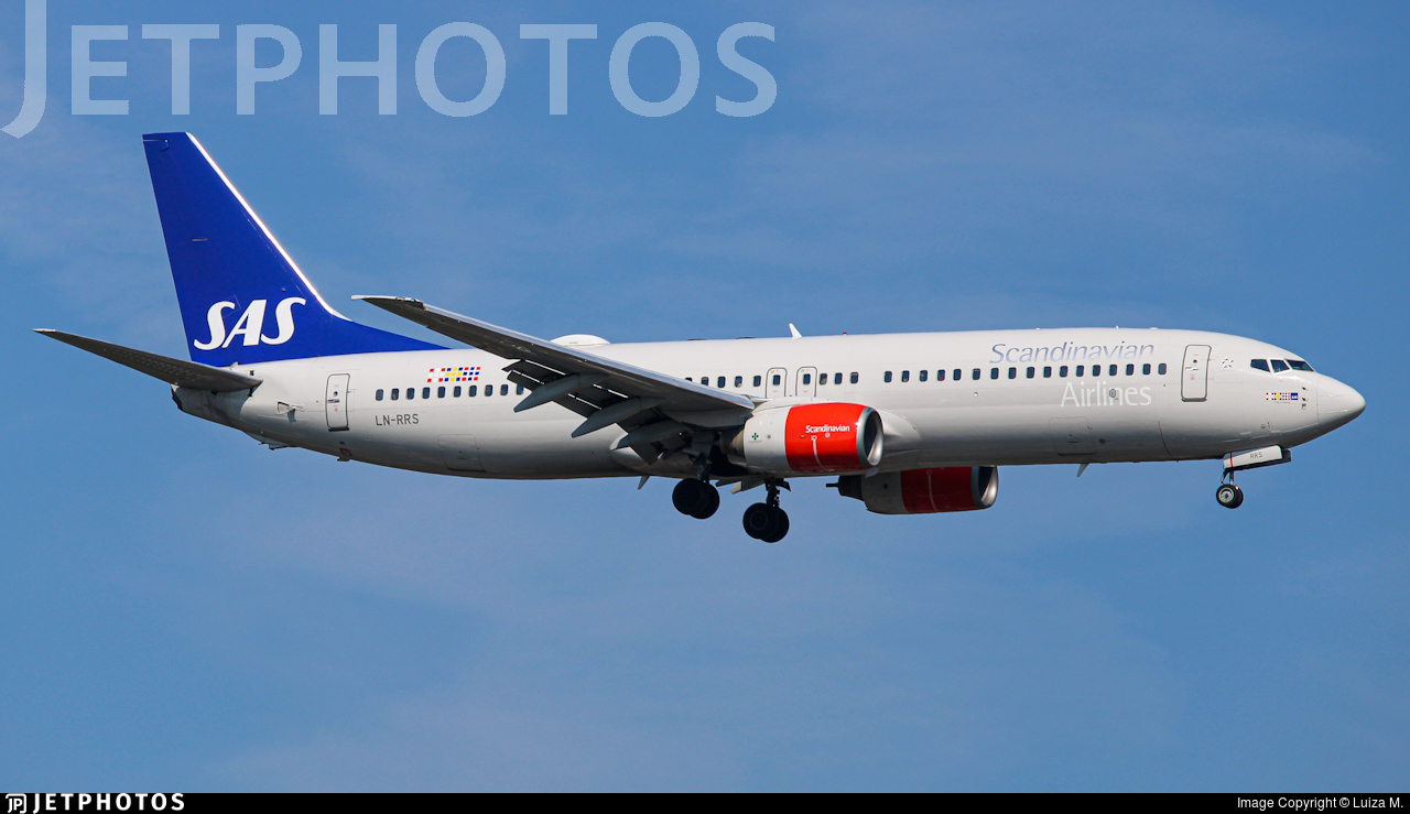 LN-RRS - Boeing 737-883 - Scandinavian Airlines (SAS)