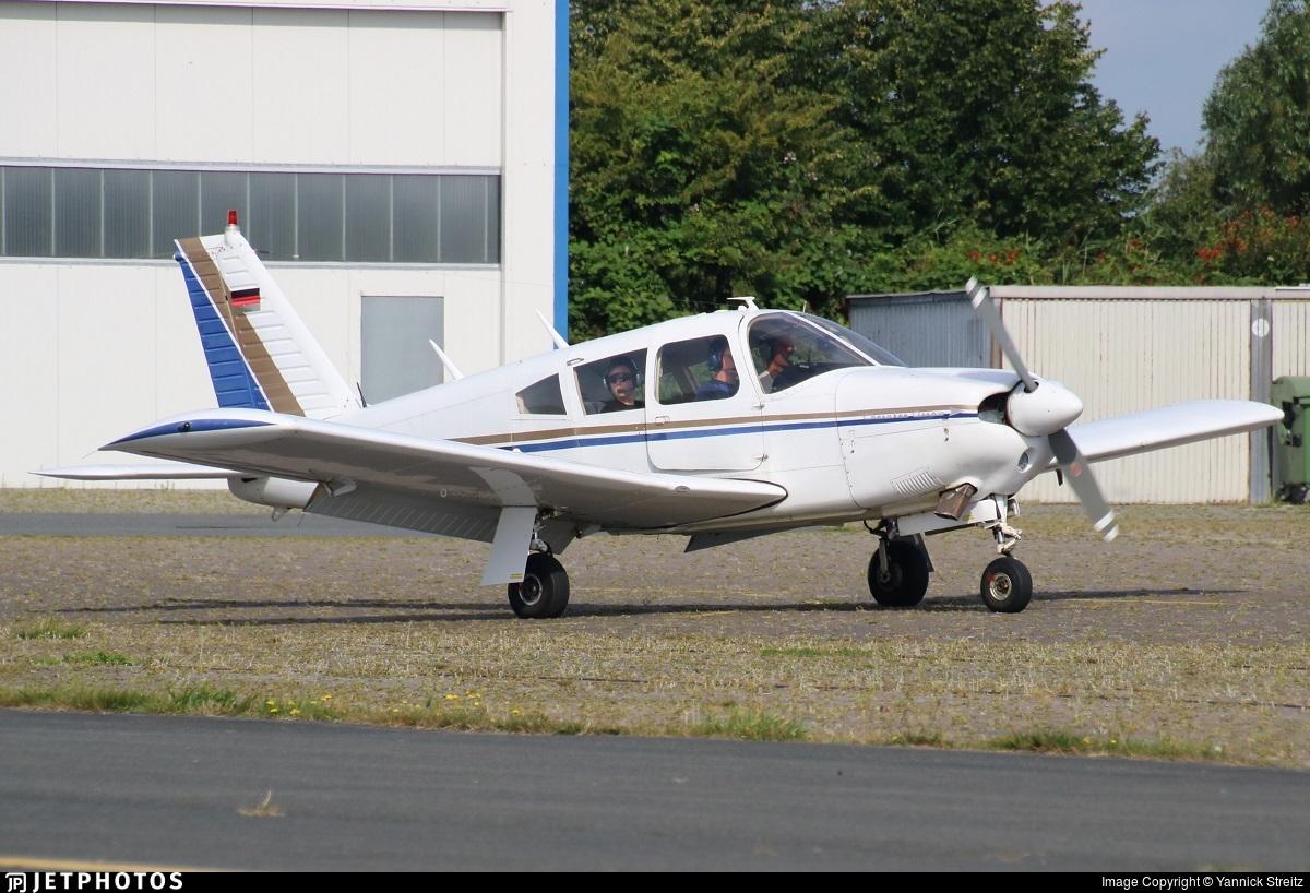 D-EMWD - Piper PA-28-180 Cherokee Arrow - Private