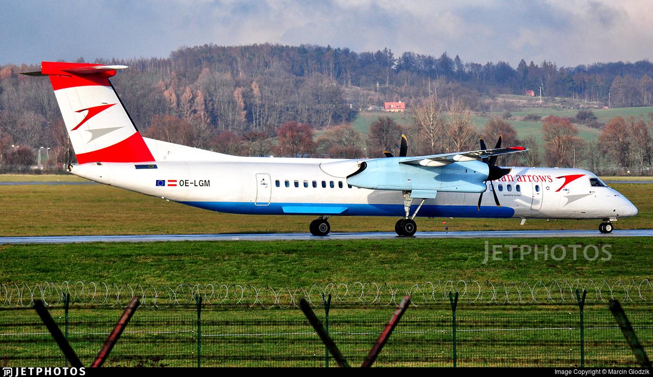 OE-LGM - Bombardier Dash 8-Q402 - Austrian Arrows