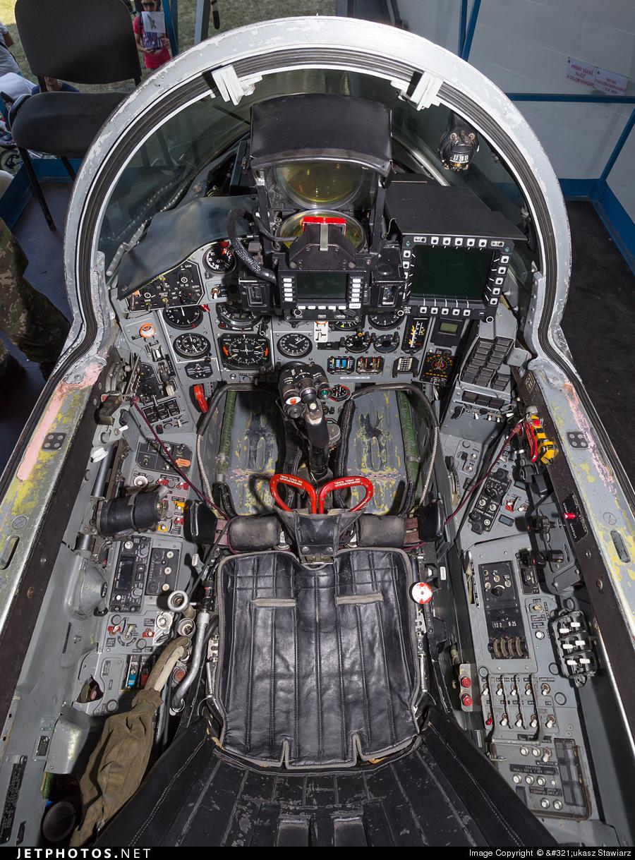 6526 | Mikoyan-Gurevich Mig-29 Fulcrum | Slovakia - Air Force