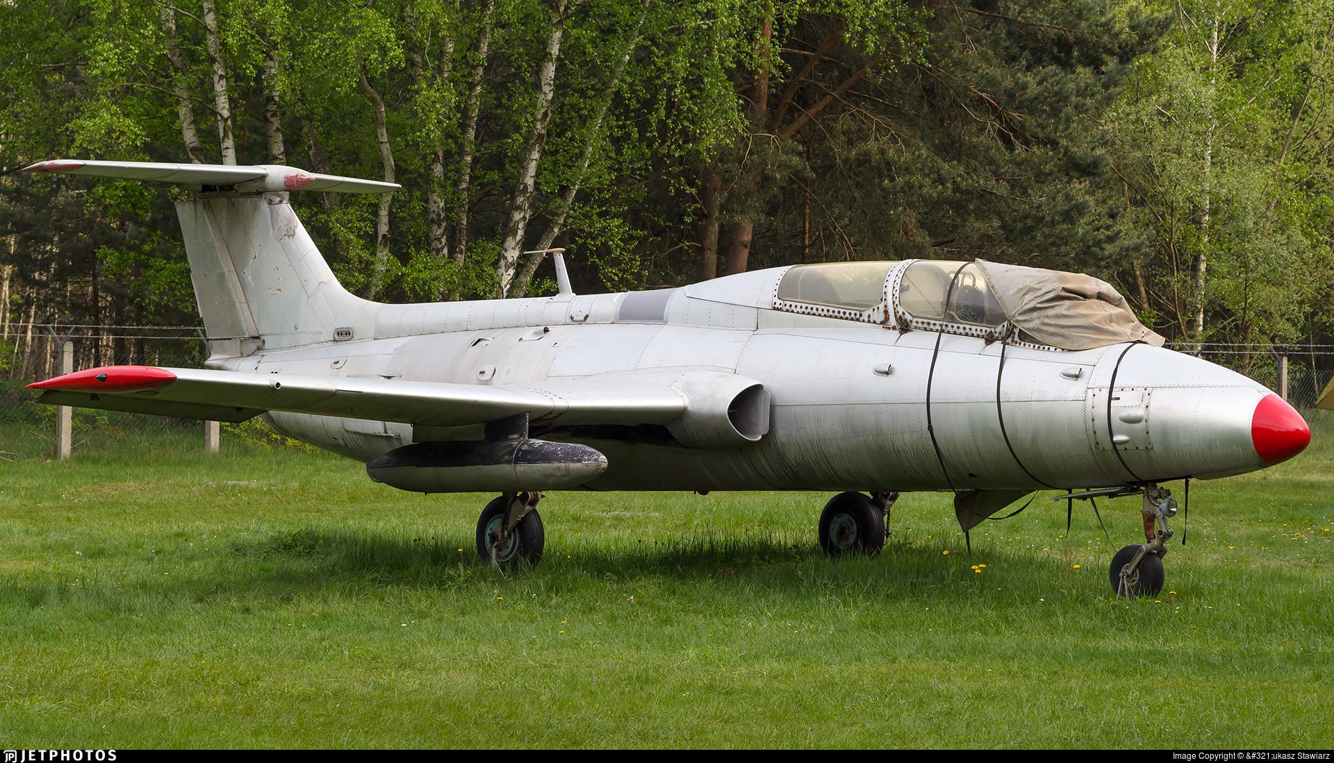 370 - Aero L-29 Delfin - German Democratic Republic - Air Force