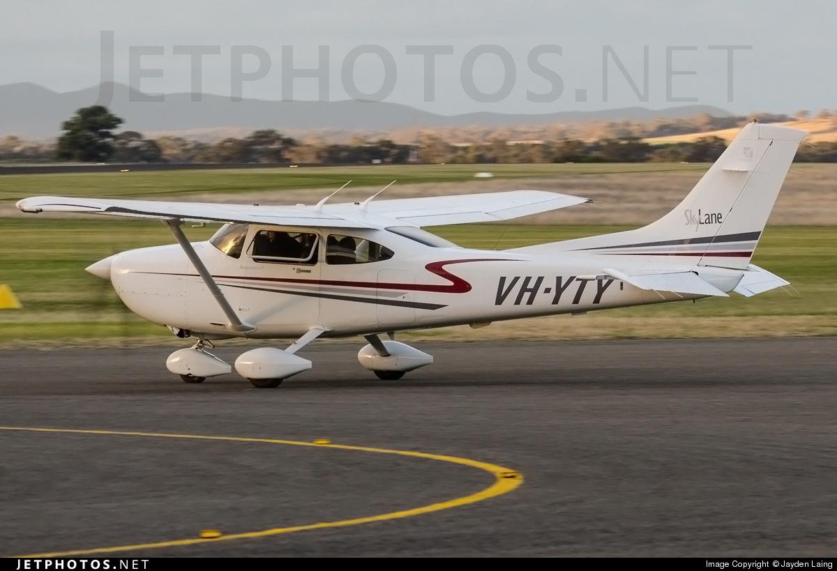 VH-YTY - Cessna 182T Skylane - Private