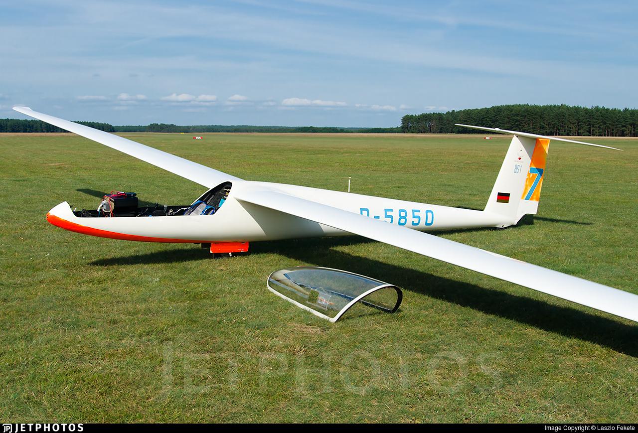 D-5850 - Glasflugel BS-1 - Private