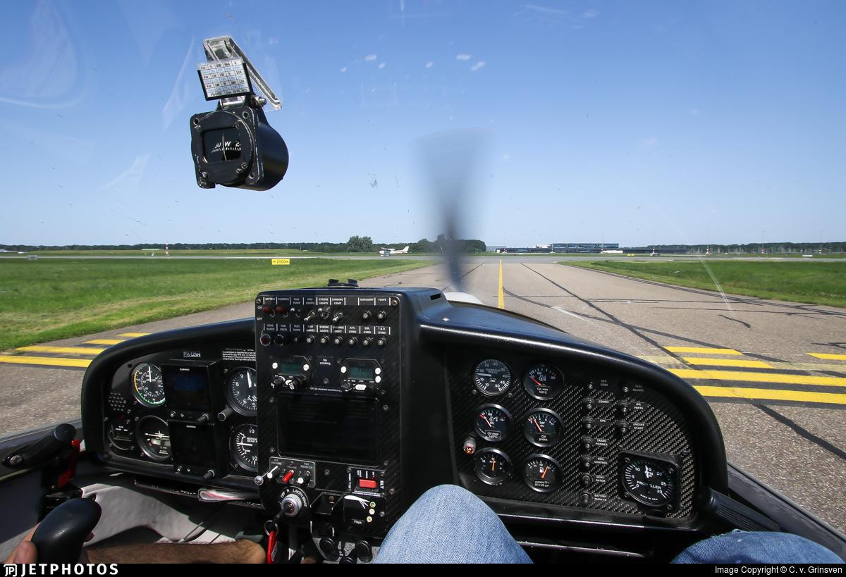 PH-USH - HOAC DV-20-100 Katana - Wings over Holland