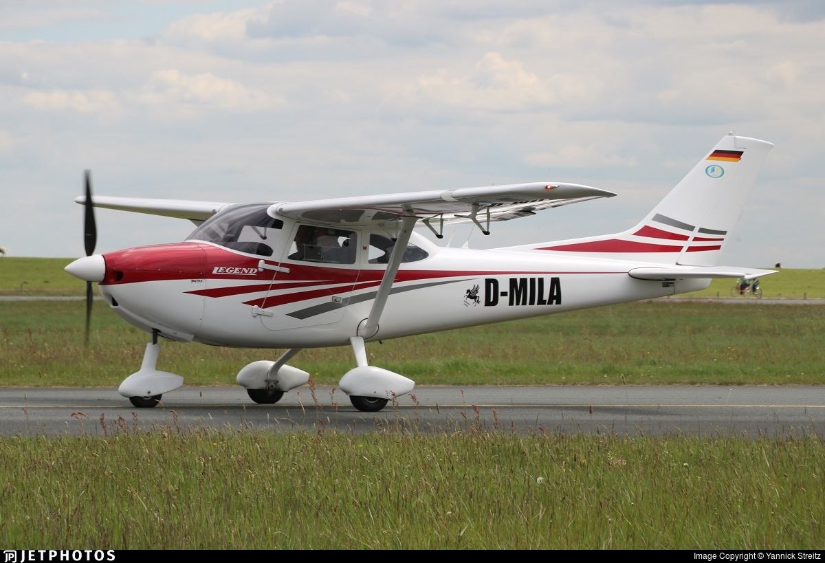 D-MILA - Aeropilot Legend 540 - Private