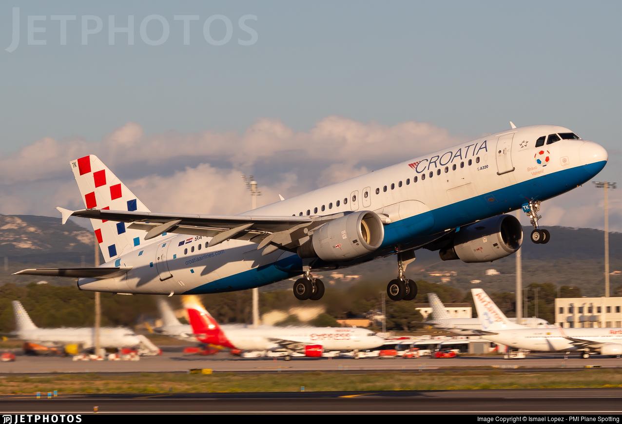 9A-CTK - Airbus A320-214 - Croatia Airlines