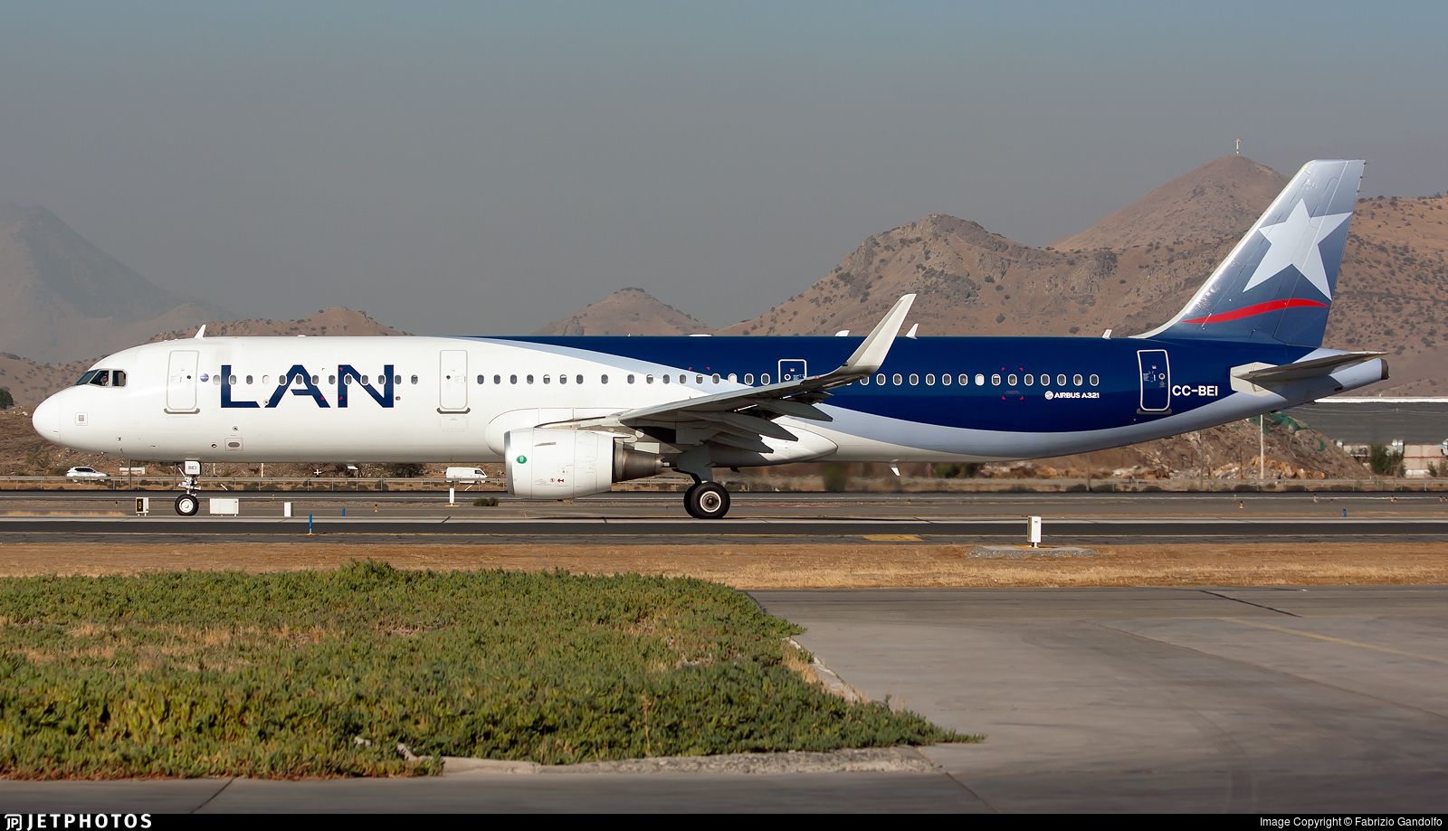 CC-BEI - Airbus A321-211 - LAN Airlines