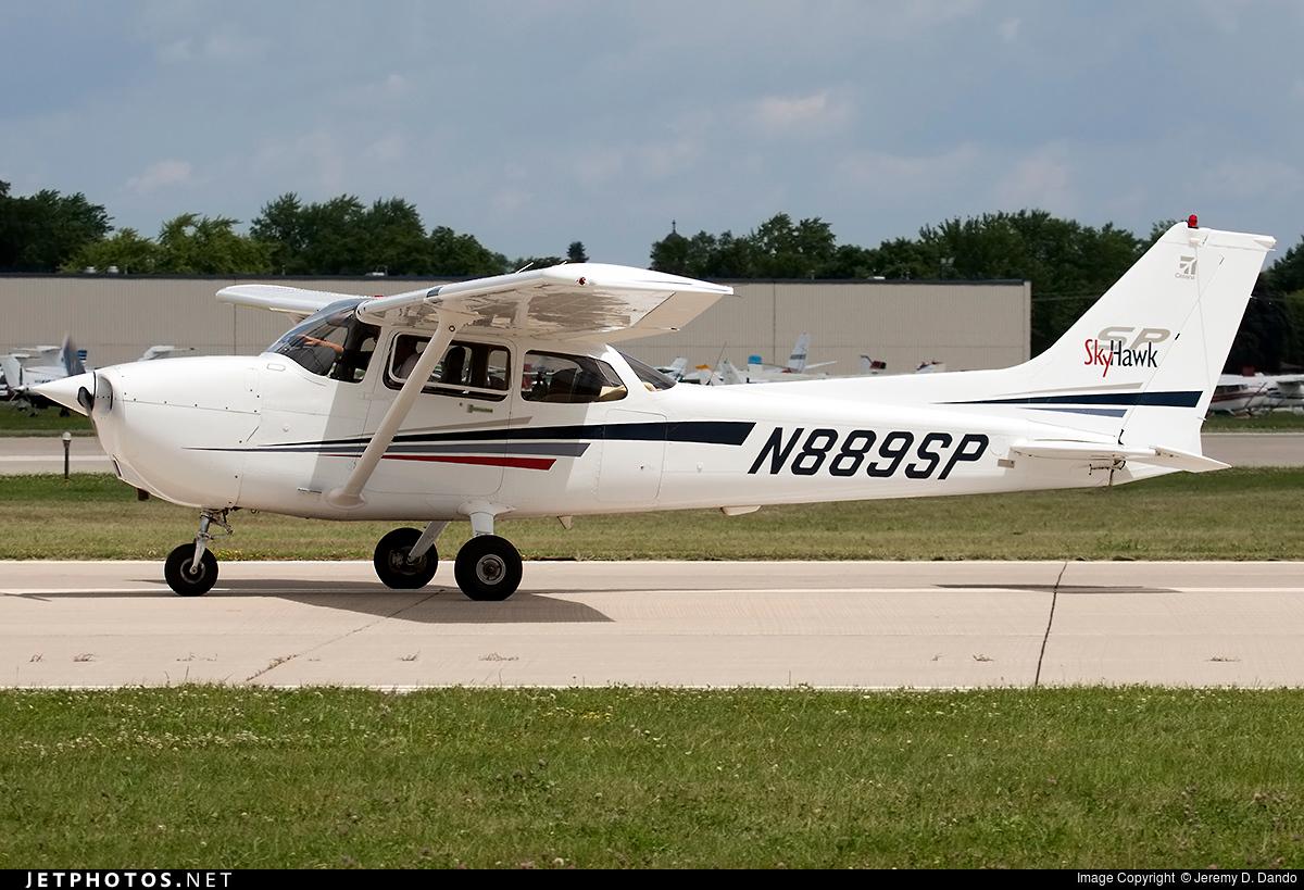 N889SP - Cessna 172S Skyhawk SP - Private