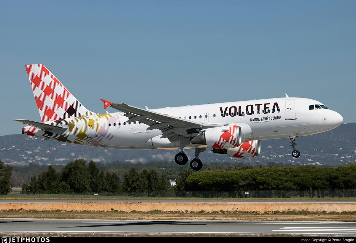 EI-FMV - Airbus A319-111 - Volotea