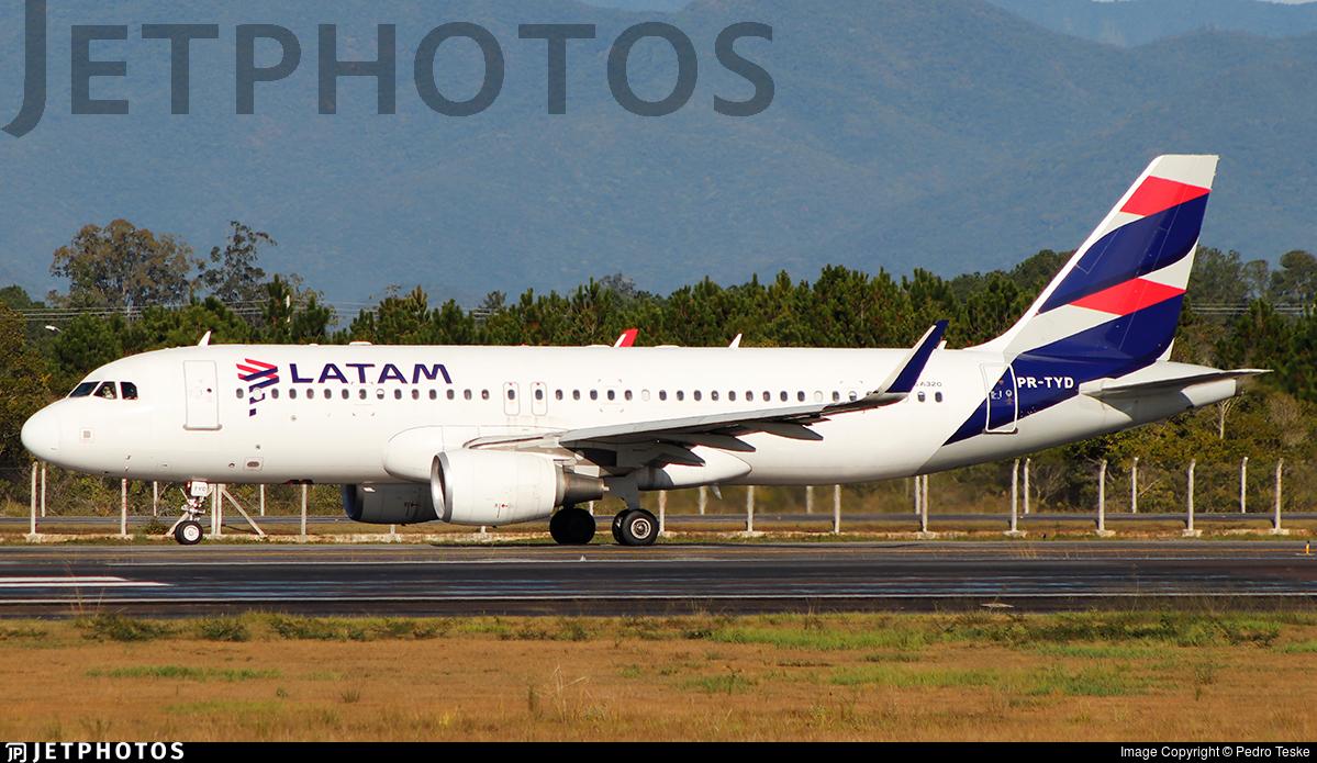 PR-TYD - Airbus A320-214 - LATAM Airlines