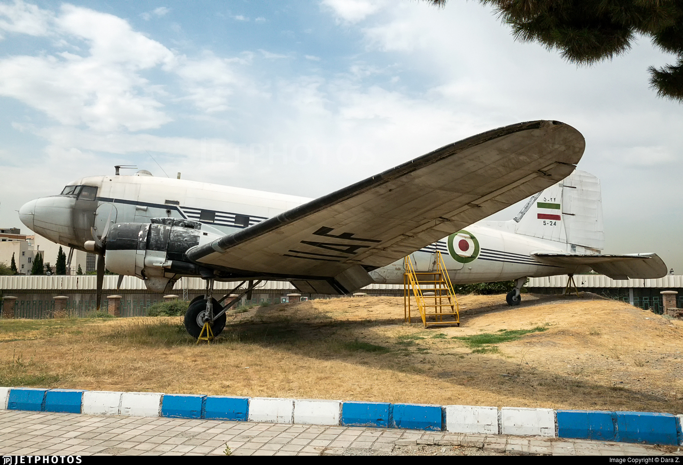 5-24 - Douglas DC-3 - Iran - Air Force