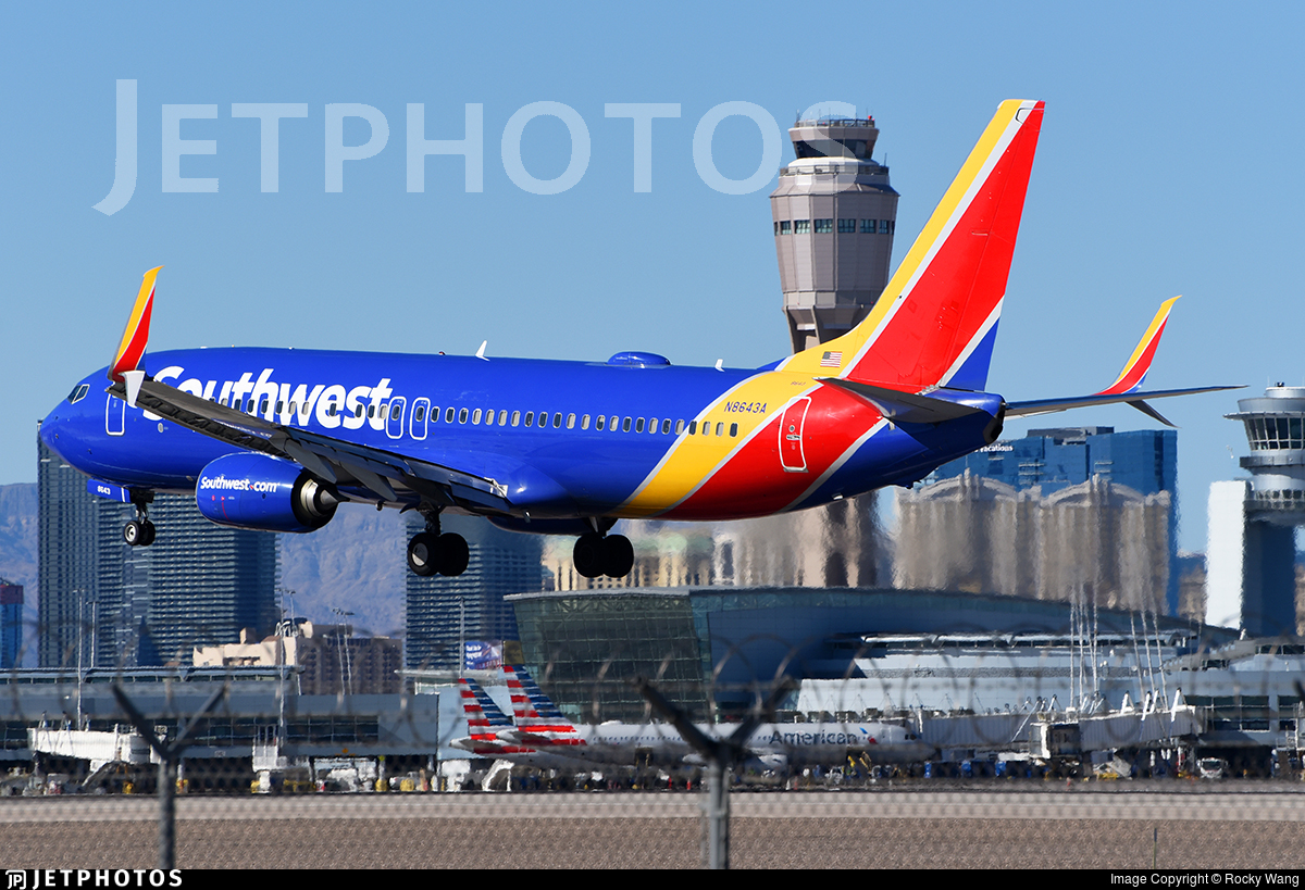 N8643A - Boeing 737-8H4 - Southwest Airlines