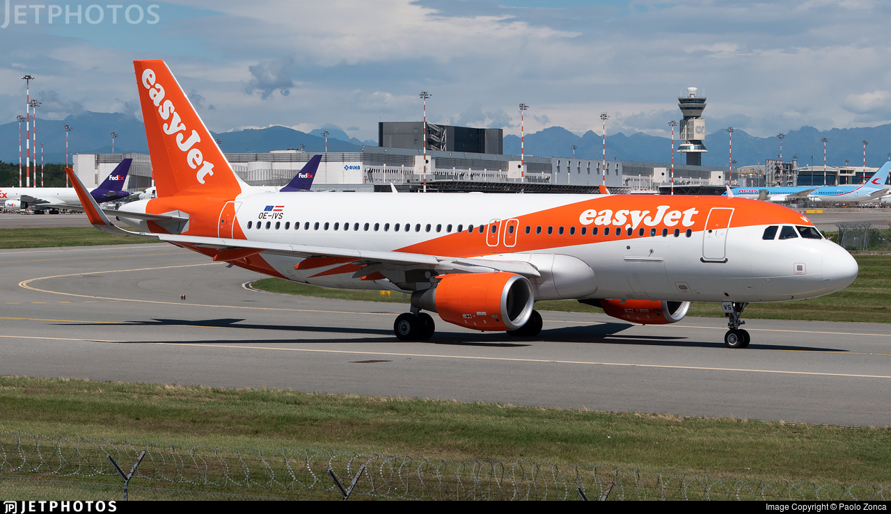 OE-IVS - Airbus A320-214 - easyJet Europe