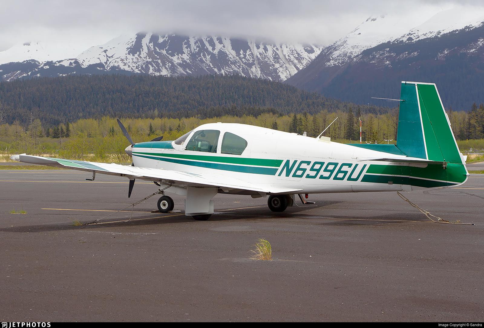 N6996U - Mooney M20C - Private