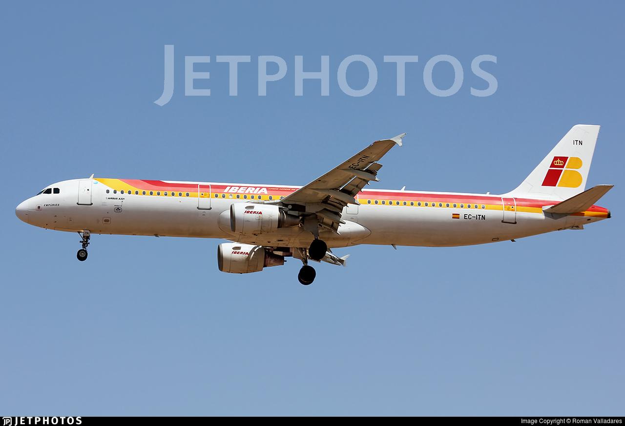 EC-ITN - Airbus A321-211 - Iberia