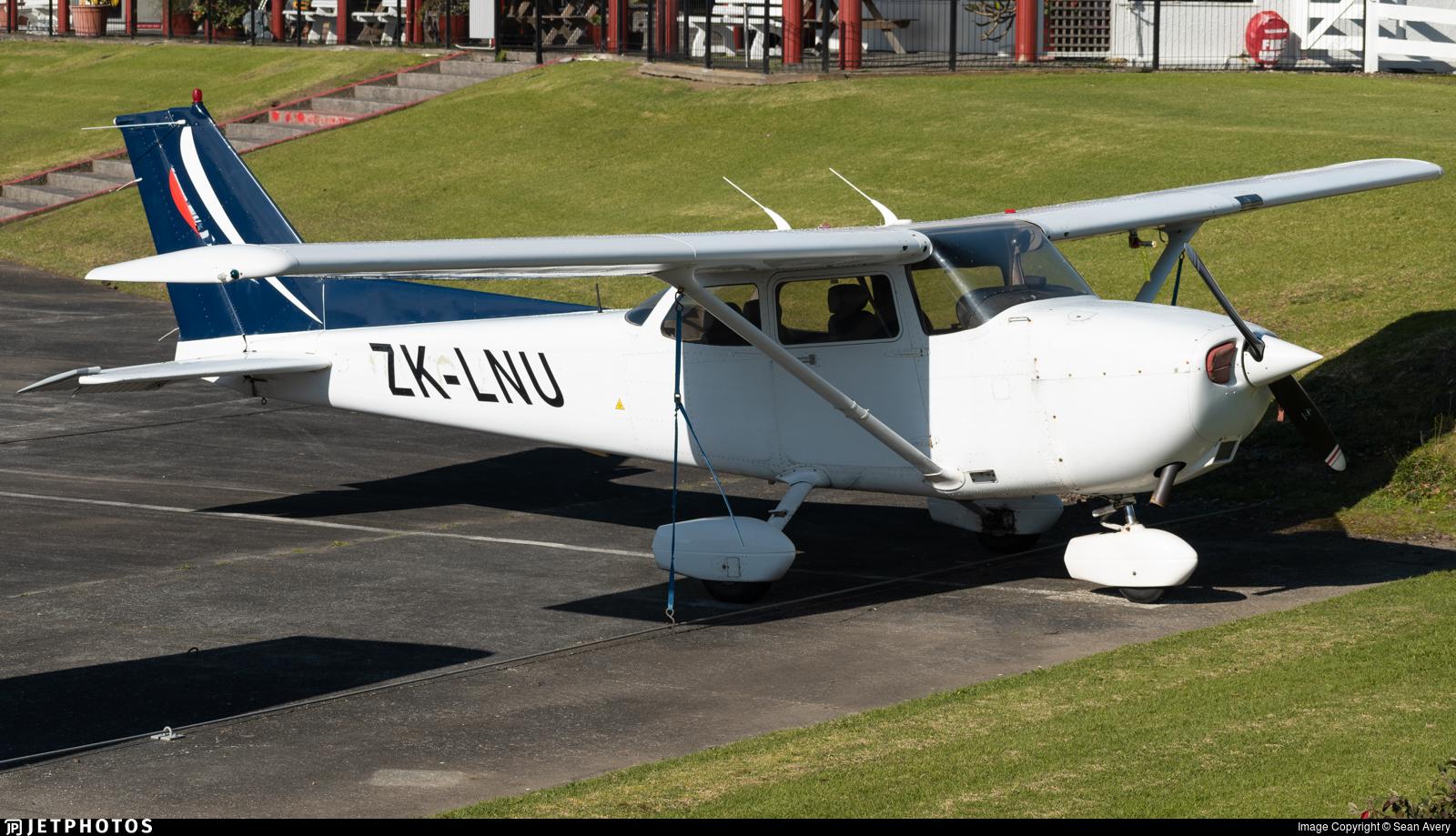 ZK-LNU - Cessna 172R Skyhawk II - Ardmore Flying School