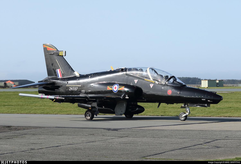 ZK037 - British Aerospace Hawk T.2 - United Kingdom - Royal Air Force (RAF)