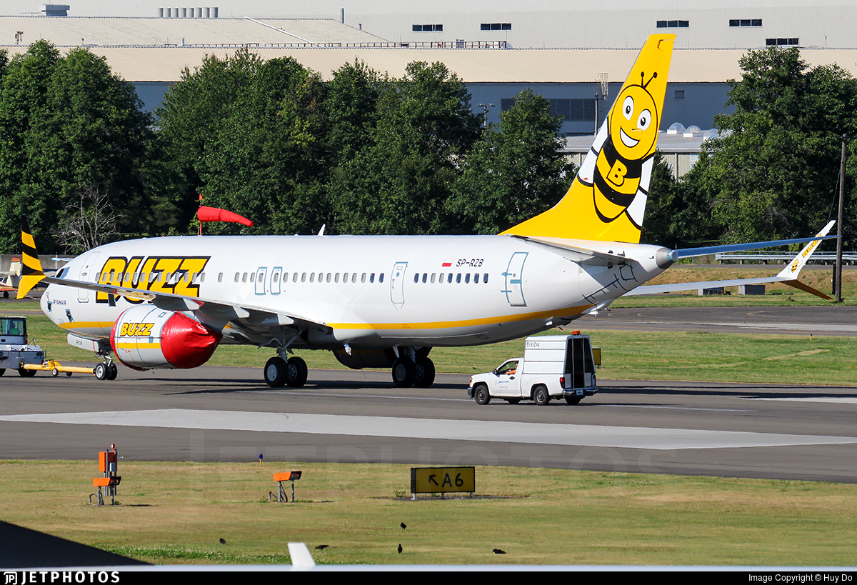 SP-RZB - Boeing 737-8 MAX - Buzz