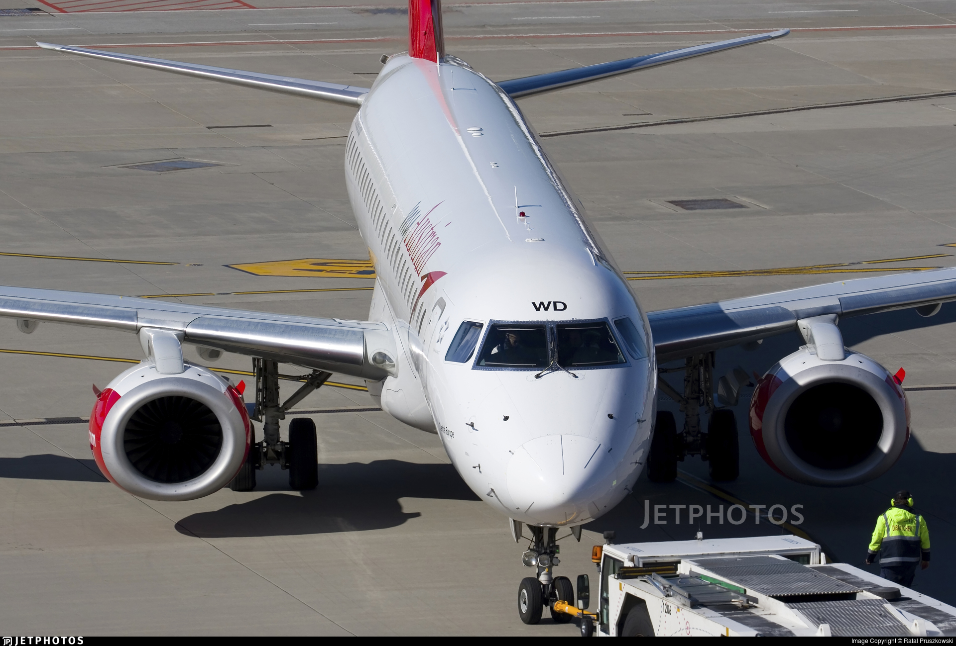 OE-LWD - Embraer 190-200LR - Austrian Airlines