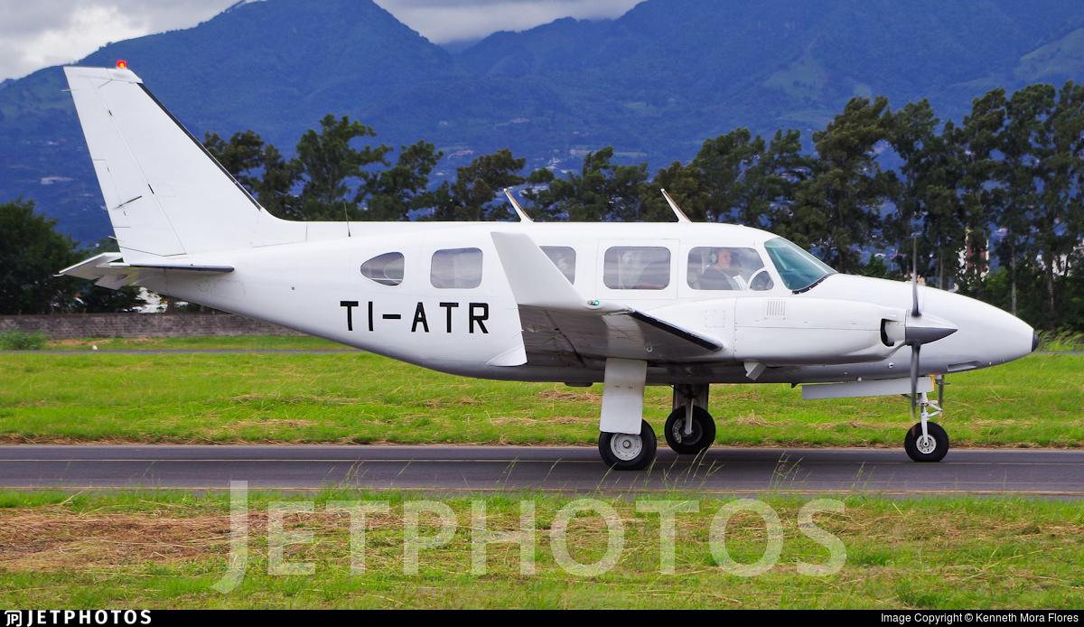 TI-ATR - Piper PA-31-350 Chieftain - Private