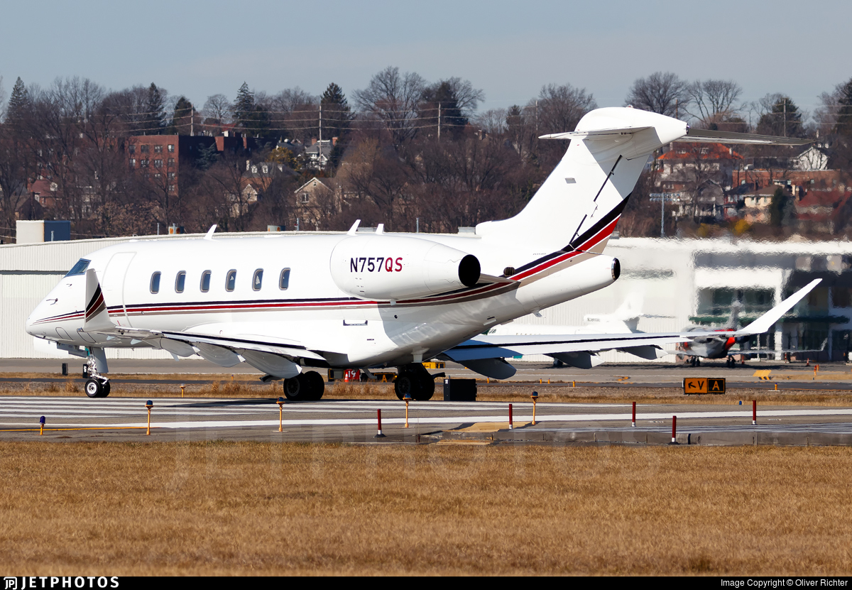 N757QS - Bombardier BD-100-1A10 Challenger 350 - NetJets Aviation