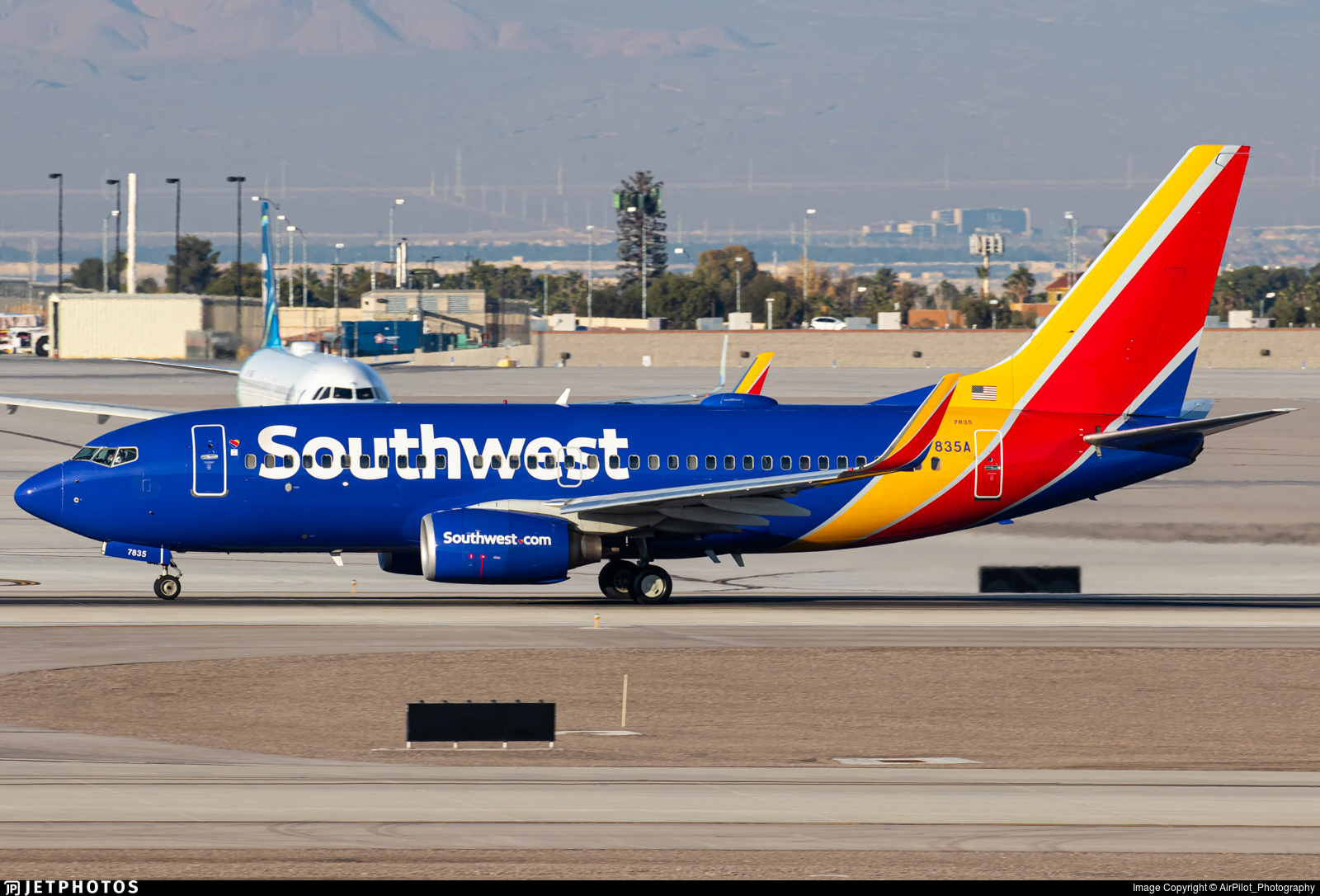 N7835A - Boeing 737-752 - Southwest Airlines