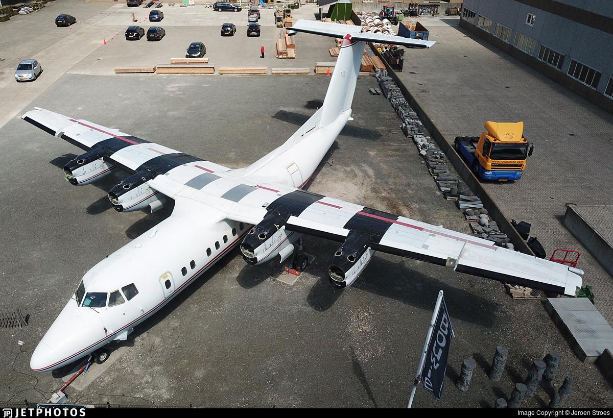 C-GGUL - De Havilland Canada DHC-7-102 Dash 7 - Private