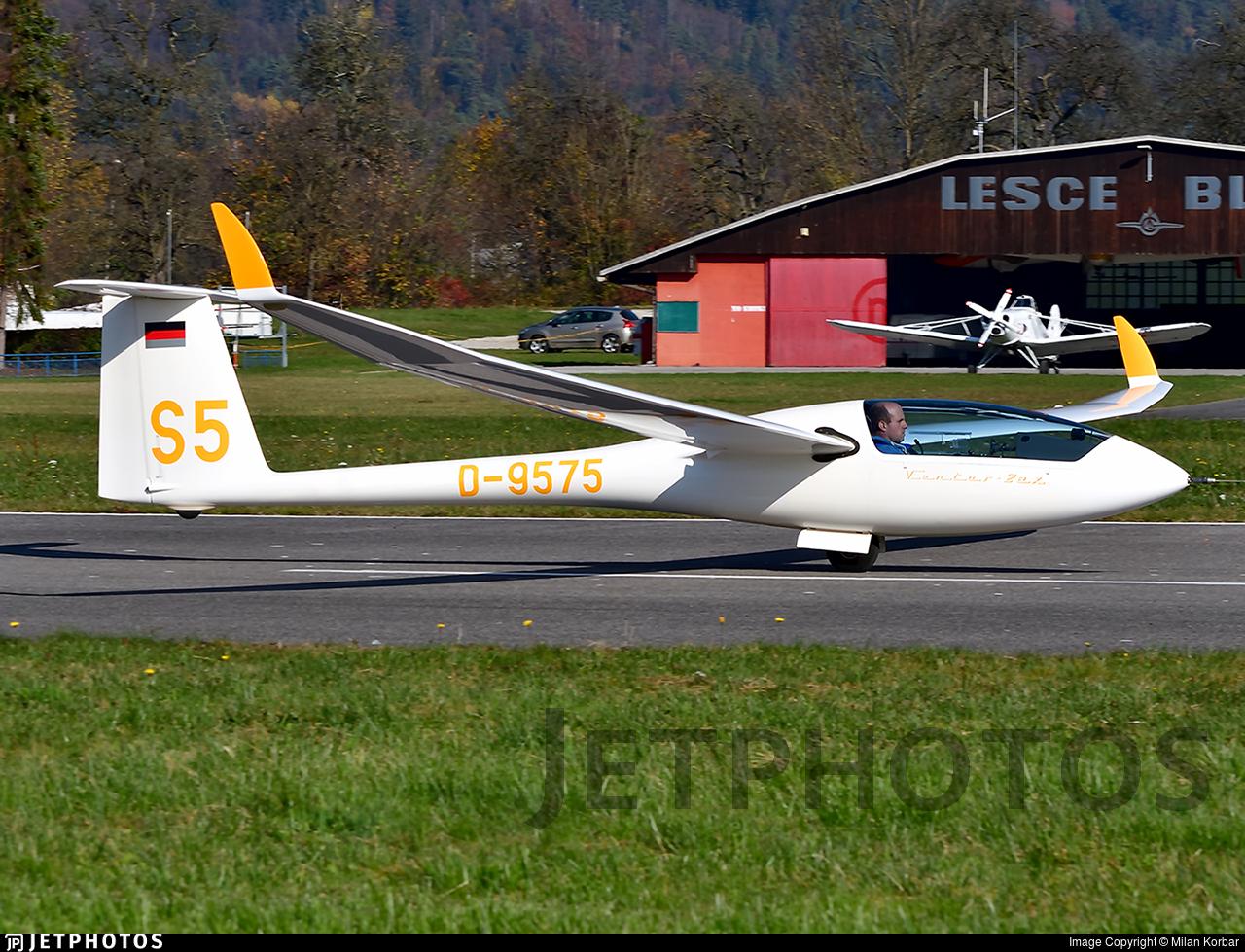D-9575 - Schempp Hirth Ventus 2aX - Private