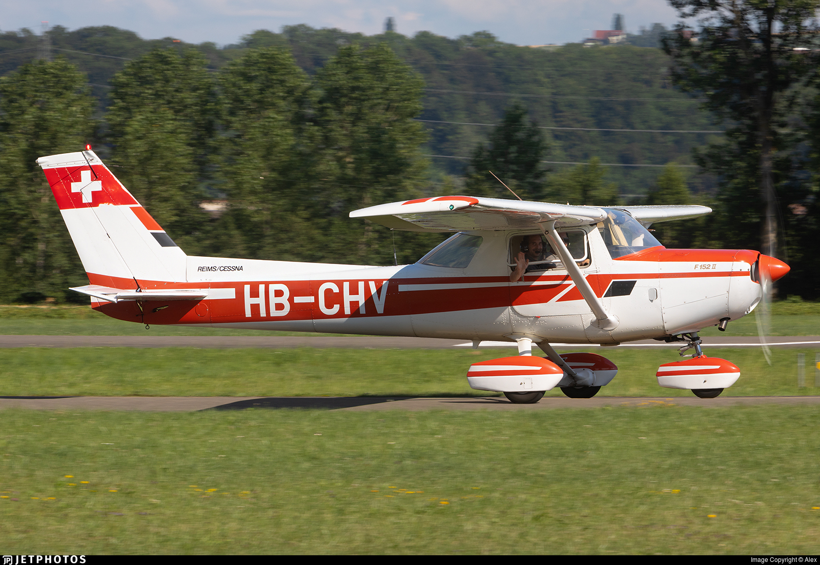 HB-CHV - Reims-Cessna F152 II - Private